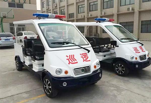 5-8人座位经典款警用巡逻车